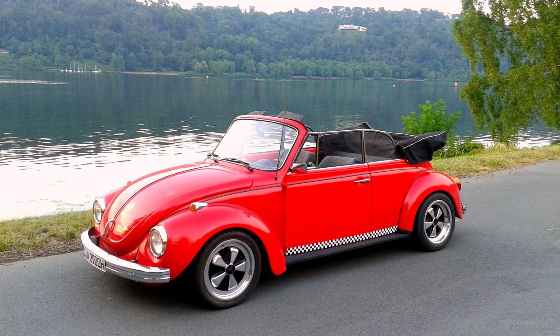 Oldtimer mieten & vermieten - Hochzeitsauto, Oldtimer VW Käfer Cabrio mieten in Düsseldorf