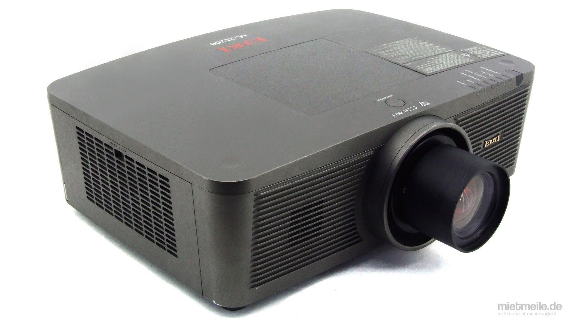 Beamer mieten & vermieten - Beamer Eiki 6000 ANSI-Lumen Bild-Projektor in Schkeuditz