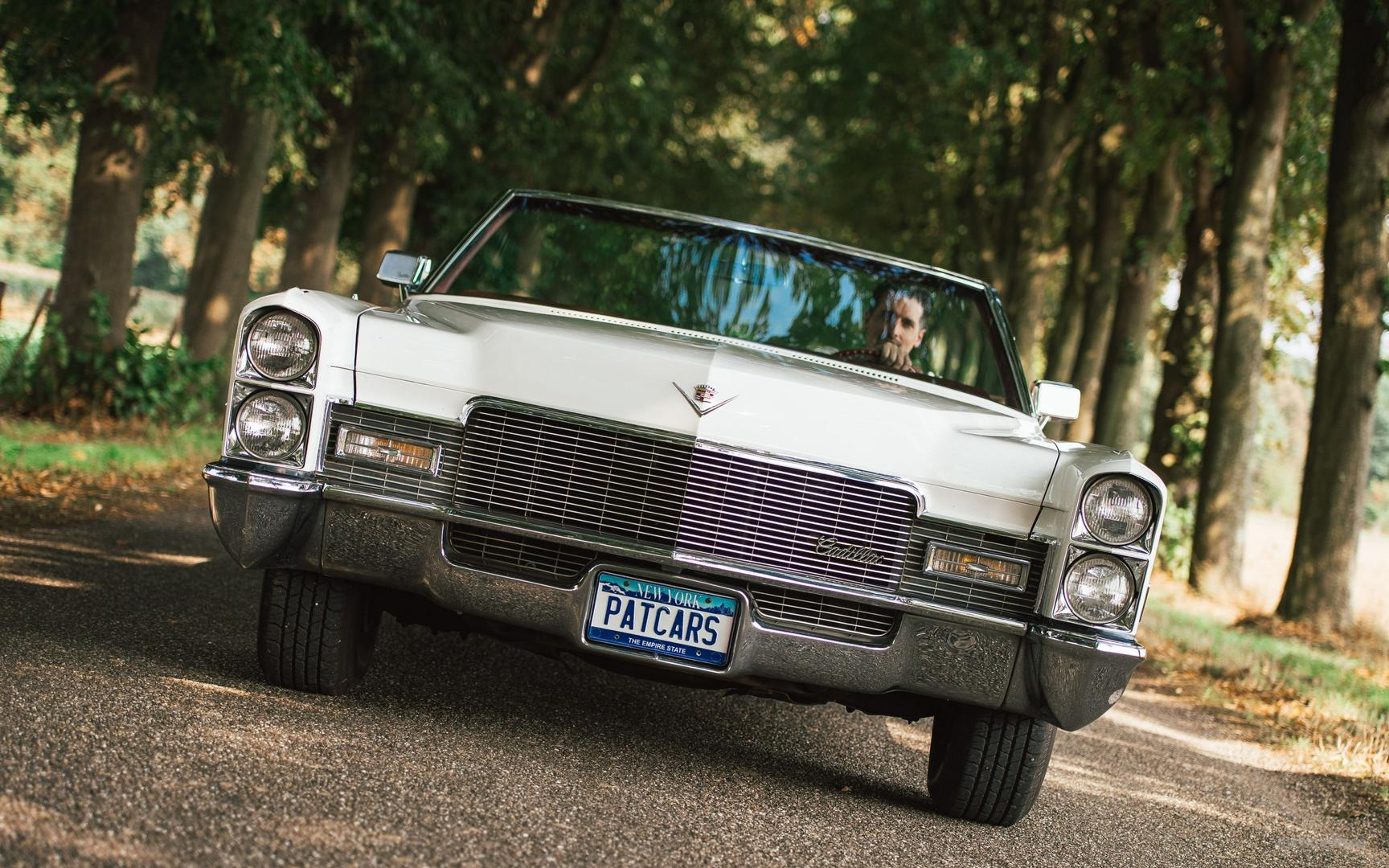 Oldtimer mieten & vermieten - Cadillac DeVille Convertible Bj.1968 HOCHZEITSAUTO Cabriolet in Mönchengladbach