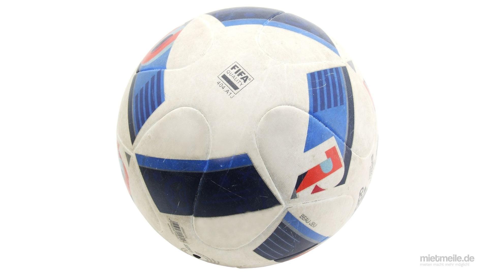 Fußball mieten & vermieten - Fußball Ball Ballsport Matchball in Schkeuditz