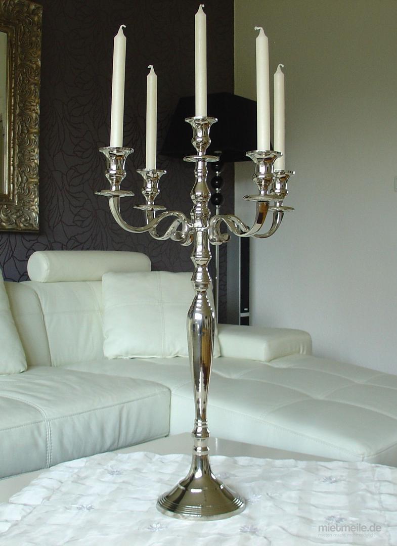 Tischdekoration mieten & vermieten - Kerzenleuchter / Kandelaber 5-armig, silber, H:80 cm, Kerzenhalter, Kerzenständer in Berlin
