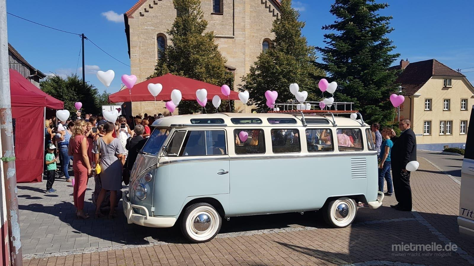 Hochzeitsauto mieten & vermieten - VW Bulli T1 Samba, Hochzeitsauto, Chauffeur/-in, Oldtimer in Freiburg im Breisgau