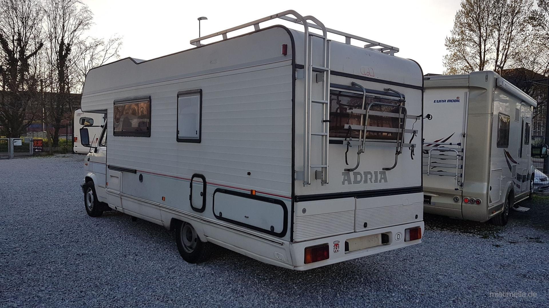 Wohnmobile mieten & vermieten - Wohnmobil Alkoven mieten / ab 48 Euro in Mülheim an der Ruhr