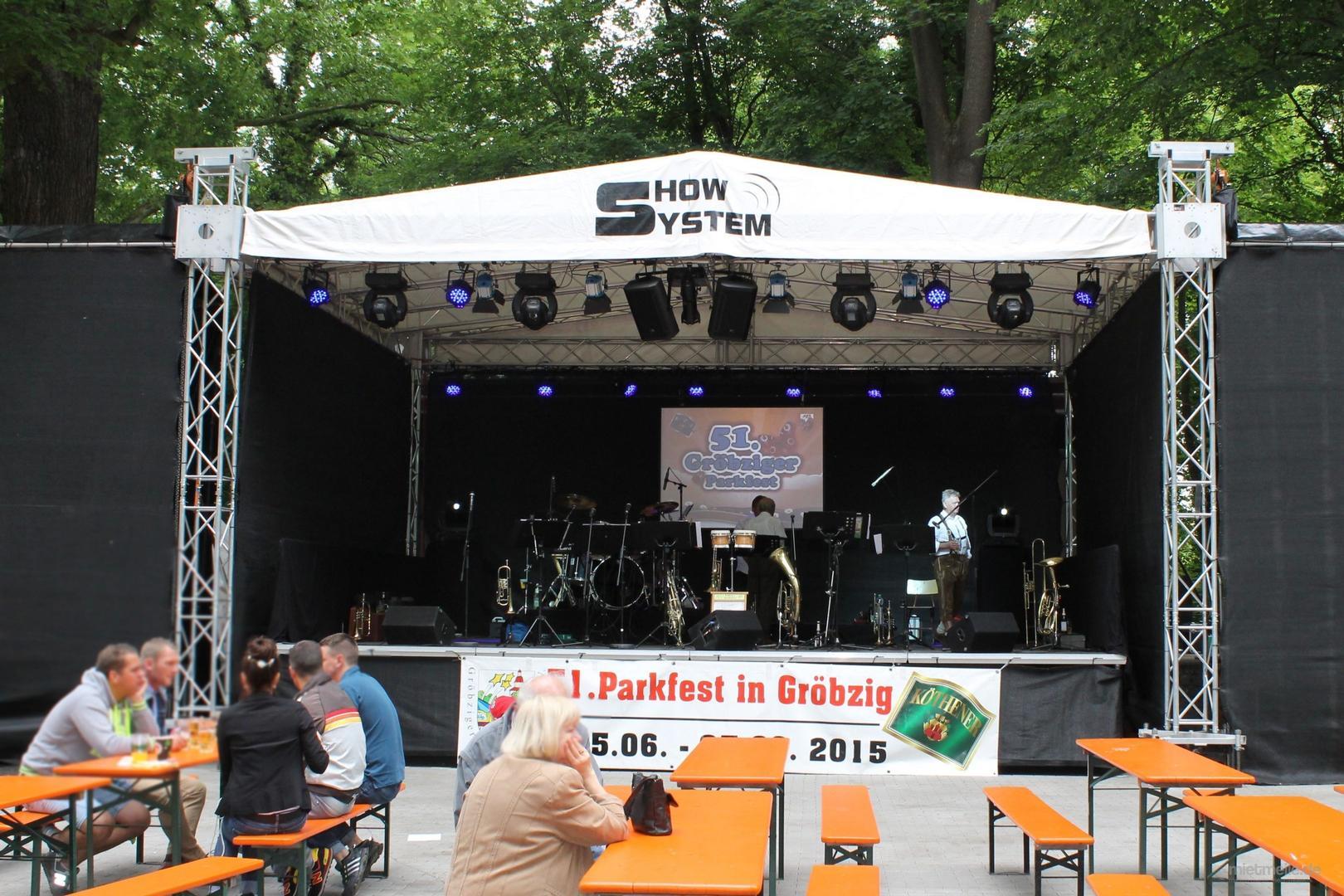 Bühne mieten & vermieten - Open-Air Bühne / Veranstaltungsbühne / Bühnendach in Gröningen