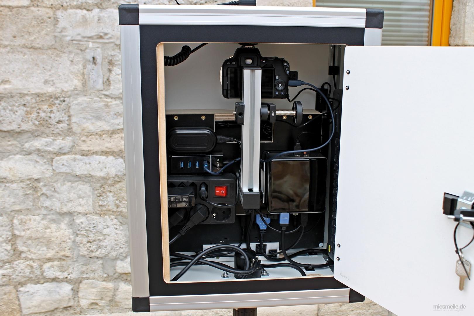 Fotobox mieten & vermieten - Fotobox Photobox Fotoautomat Photo booth Photobooth in Gröningen