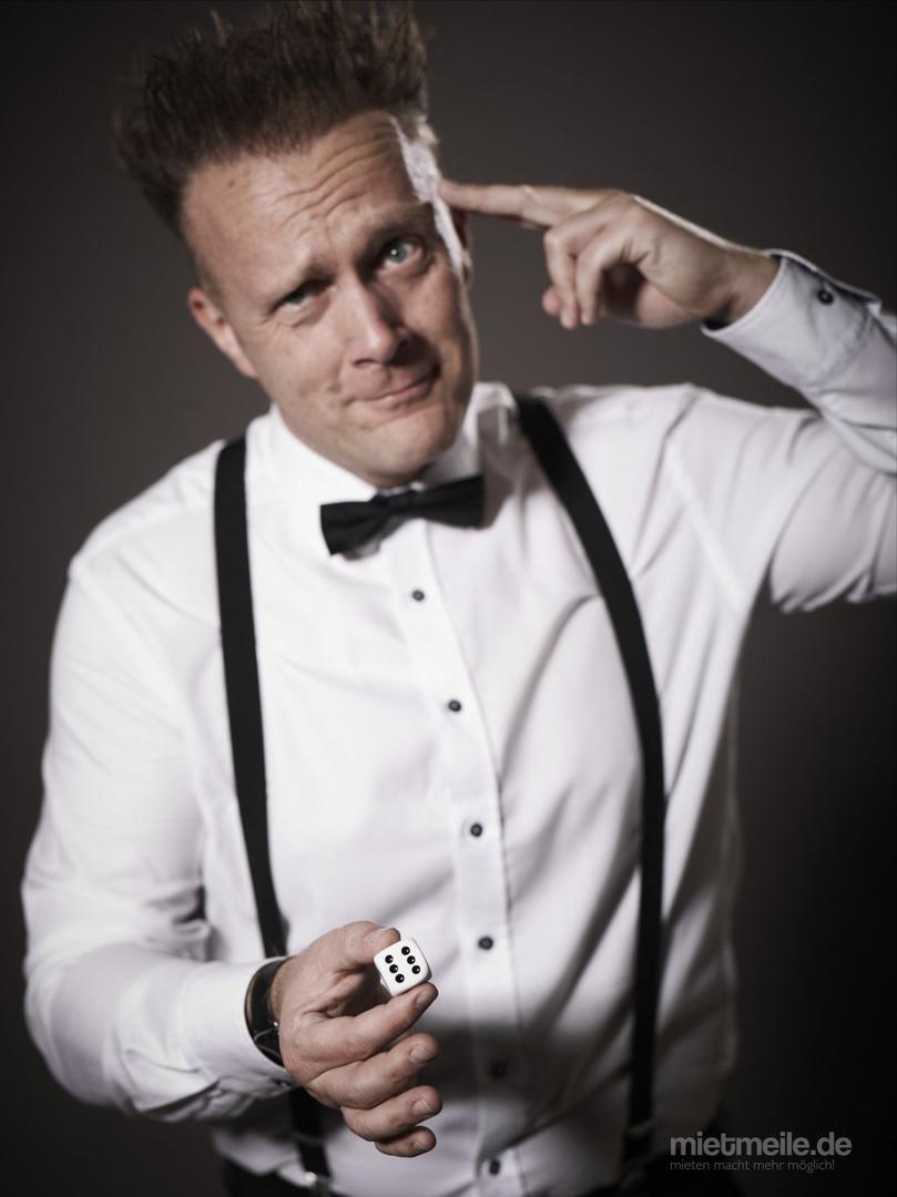 Magier & Zauberer mieten & vermieten - Mentalmagier - Show Hypnose Steve Moss verzaubert und hypnotisiert - Zauberer, Zauberkünstler und Magier in Bochum
