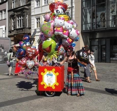 Ballons mieten & vermieten - Folienballonverteilaktion inkl.19%MwSt. in Münnerstadt