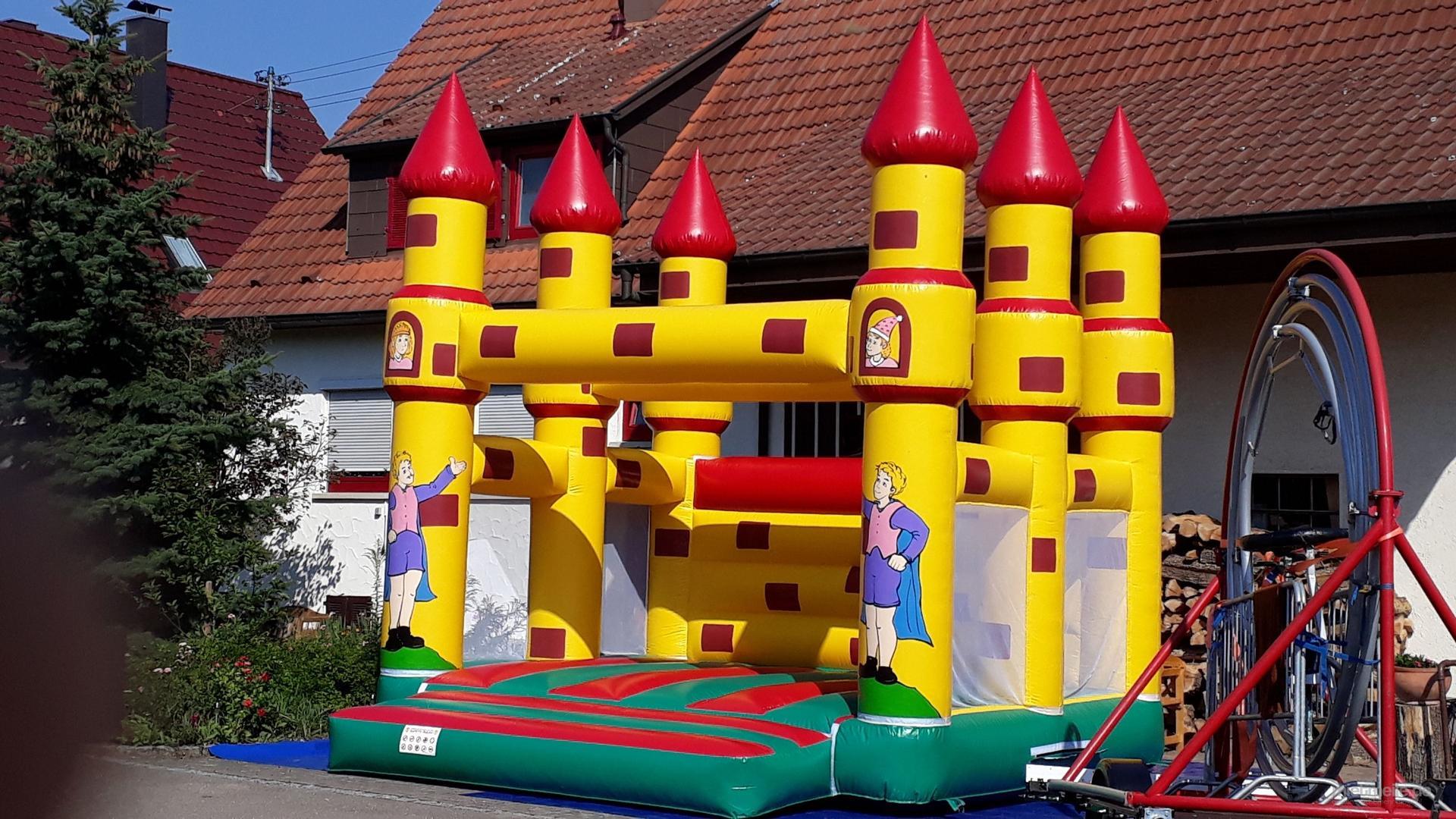 Hüpfburg mieten & vermieten - Profi Hüpfburg (5*5m) günstig mieten in Filderstadt