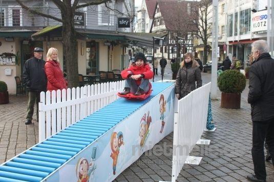 Spielgeräte mieten & vermieten - Schlittenfahren in Eibelstadt