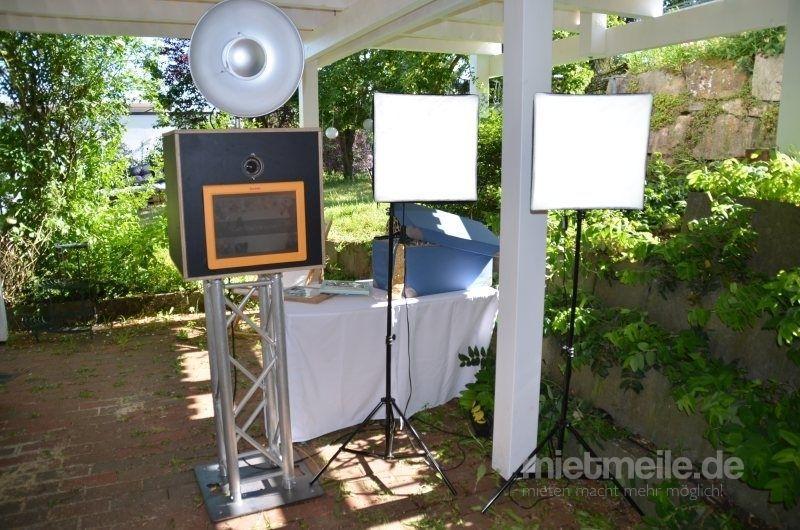 Fotobox mieten & vermieten - Fotobox mit ECHTER Spiegelreflexkamera. in Münnerstadt