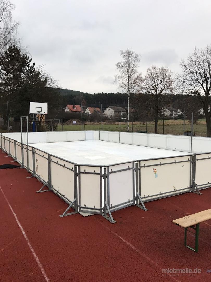 Skihalle mieten & vermieten - Eisbahn 200 qm, mobile Eislaufbahn, Kunsteisbahn, Kunststoffeisbahn, Eisbahn mieten in Neukirchen-Vluyn