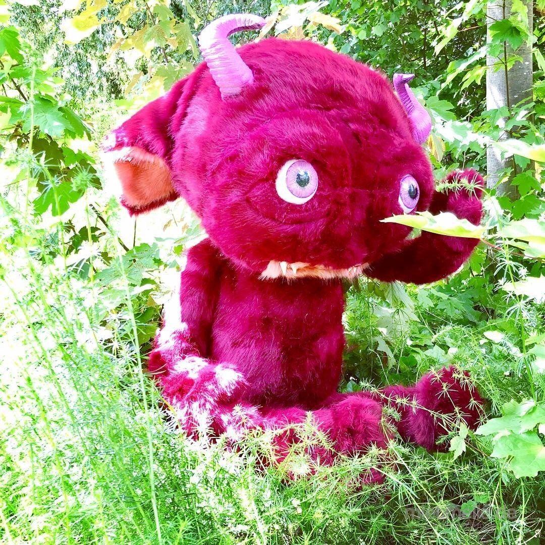Dekofiguren mieten & vermieten - Plüsch-Monster in verschiedenen Größen und Farben in Berlin
