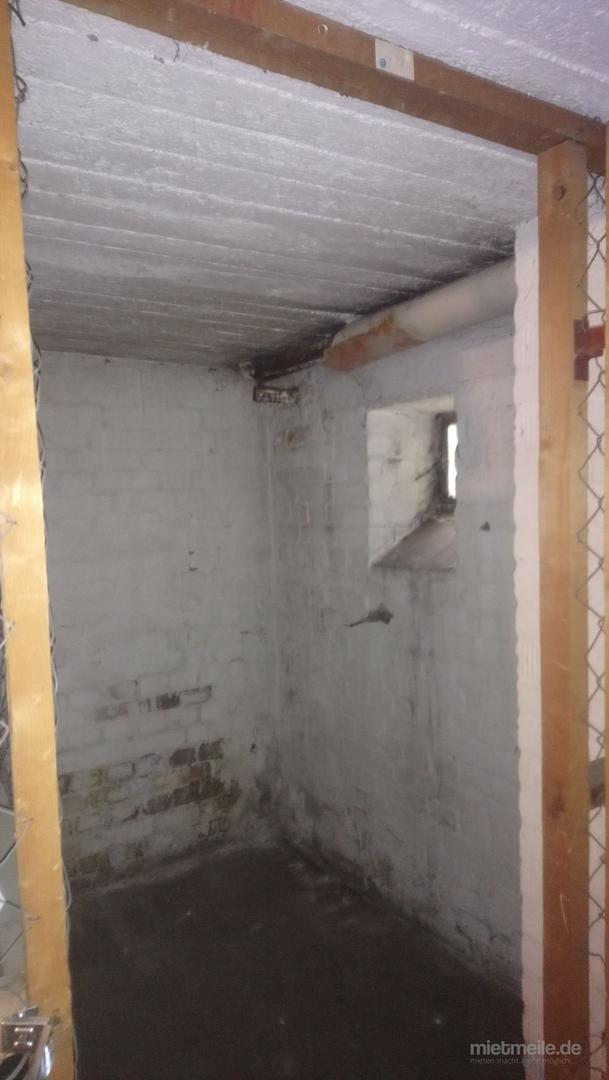 Lagerraum mieten & vermieten - Trockener Kellerraum in Winterhude zu vermieten! in Hamburg Winterhude