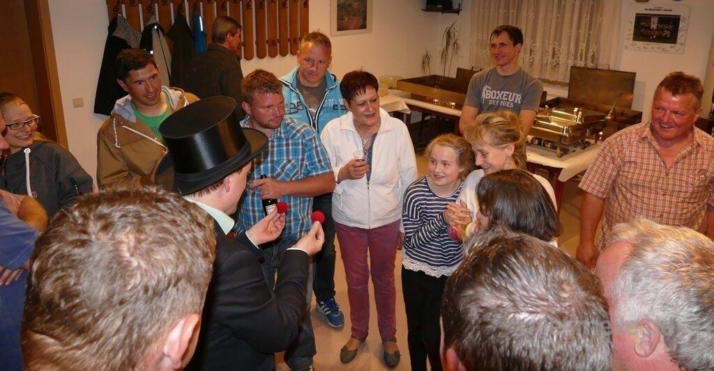 Magier & Zauberer mieten & vermieten - Magier Rene - Ihr Zauberer für beste Unterhaltung auf Ihrer Feier in Finsterwalde
