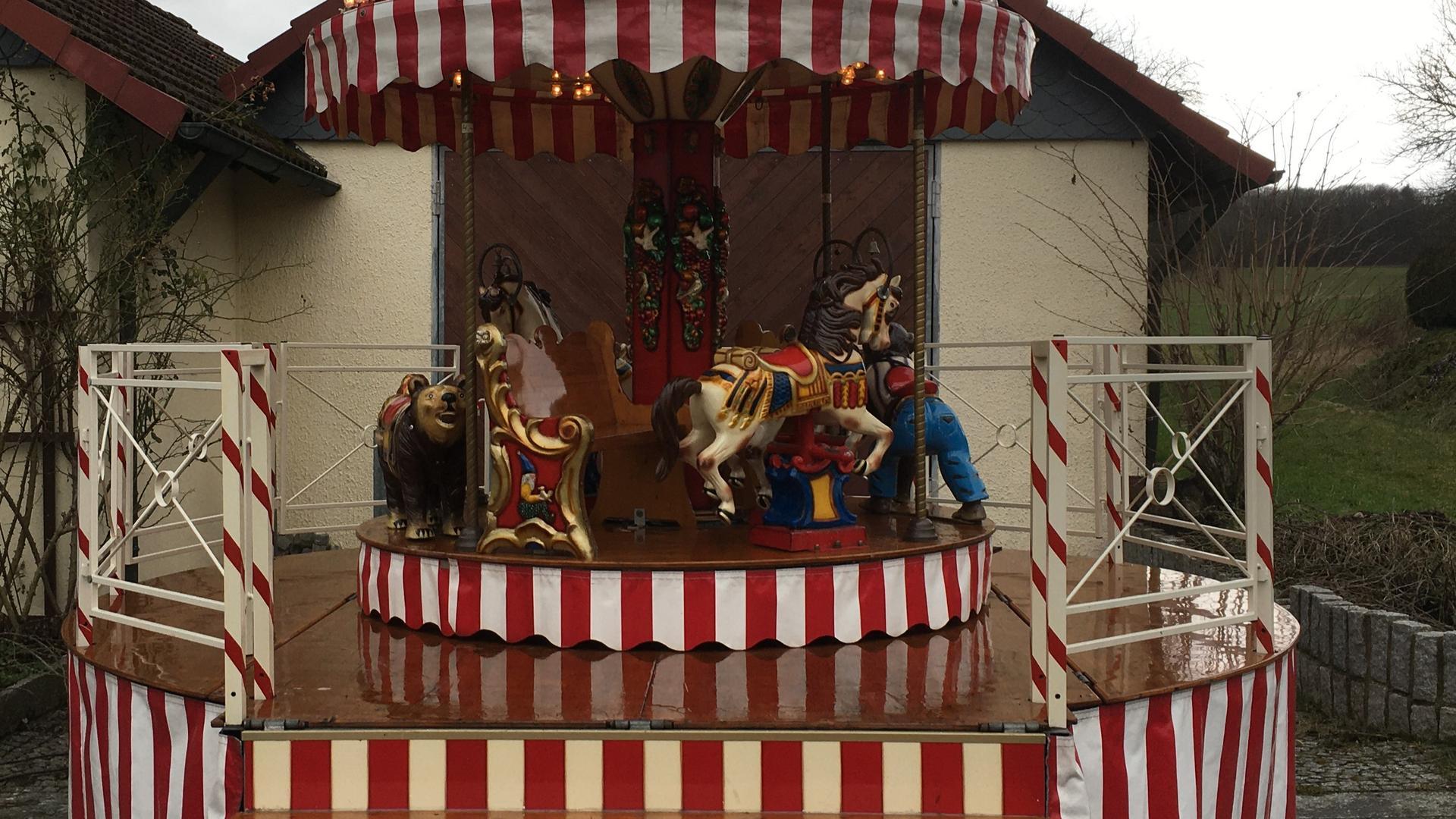 Karussell mieten & vermieten - Kinderkarussell, inkl. MwSt in Münnerstadt