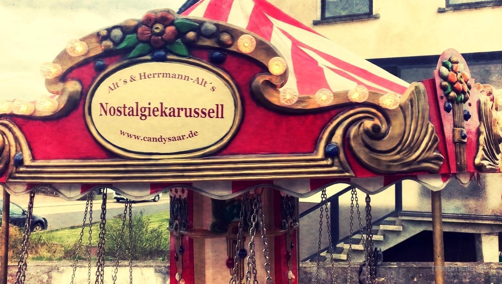Karussell mieten & vermieten - Kinder Nostalgiekarussell * Kettenkarussell * Karussell in Illingen