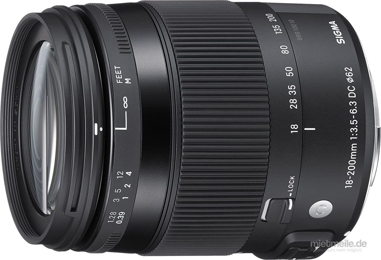 Fotokamera mieten & vermieten - Nikon D5100 Kamera mit Sigma 18-200mm 3.5-5.6 Objektiv in Malgersdorf