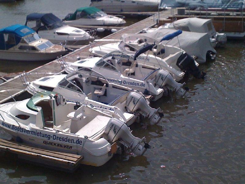 Motorboote mieten & vermieten - Bootsvermietung in DD in Dresden