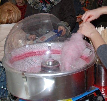 Zuckerwattemaschine mieten & vermieten - Zuckerwatte, frisch aus der Zuckerwattemaschine in Münnerstadt