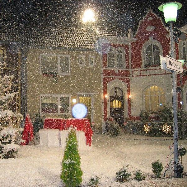 Schneemaschine mieten & vermieten - Schneekanone / Schneemaschine / Schnee-Effekt auf Fluidbasis - Einsatz bei jeder Temperatur! Inkl. 19% MwSt. in Münnerstadt