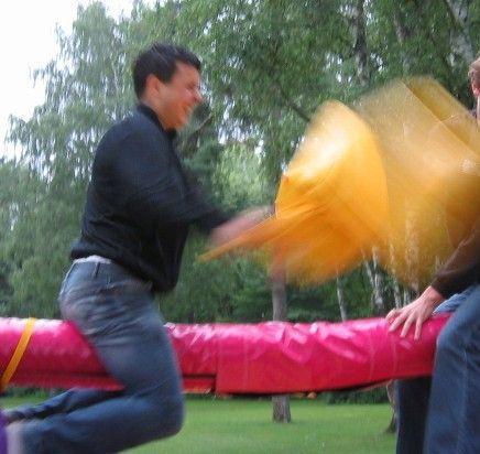 Großspielgeräte mieten & vermieten - Kissenschlacht inkl. 19% MwSt. in Münnerstadt