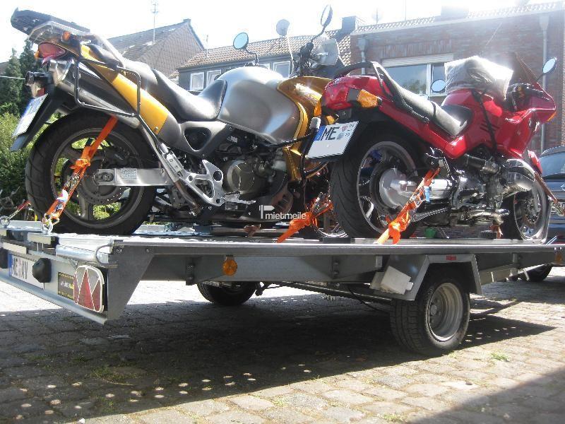 Motorradanhänger mieten & vermieten - Transporter für 3 Motorräder, ankippbar in Grevenbroich
