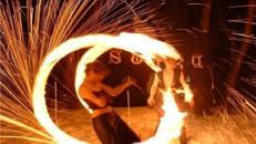Feuershow/ Feuerspucker/ Künstler/ Event/ Party/ Feuer/