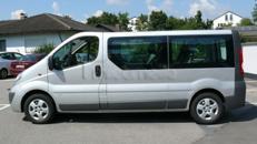 Opel Vivaro 9-Sitzer Bus mit langem Radstand