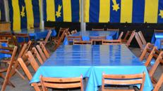 Tische / Stehtische und Stühle