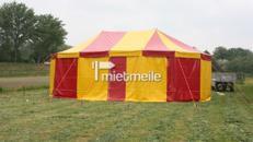 Circuszelt in 7,50x11,50m (oval, mit zwei Masten)