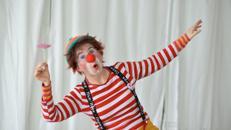 Clownin Fusselini unterwegs