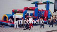 Hüpfburg Hindernis Parcours
