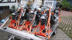 Motorradanhänger für drei schwere Motorräder