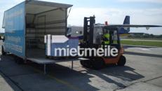 Umzugs-LKW mit Fahrer/Möbelträger