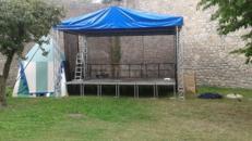Bühne 4,0 x 6,00m mit Dach und Line Array