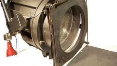 Stufenlinse / Theaterscheinwerfer 2kW Delschaft