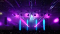 Stoffsäulen Lichtsäulen Bühnendekoration mieten