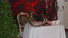 Tisch- &  Wanddekoration für Hochzeit Event mieten