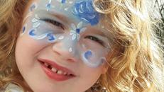 Kinderschminken, Airbrush-u. Glitzertattoos, Ballonmodellage zauberhaft u wunderschön