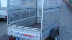 750 kg /0,75 to Anhänger mit Gitter günstig mieten