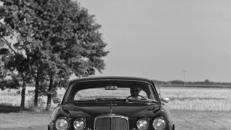 Oldtimer und Limousinen mit Chauffeur
