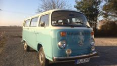 VW Bus T2 mit Fahrer und Fotobox mieten
