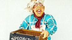 Konditor Figur mit Korb, Figur, Konditor, Bäcker, Bäckerei, Restaurant, Dekoration, Event, Messe, Veranstaltung, leihen