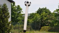 Skydancer in Fußballoptik mieten