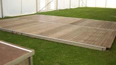 Holzboden/Tanzfläche - bis 75m² als 5,0m Raster