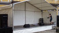 Bühne mit Zeltüberdachung 8 x 3 m