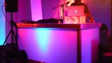 beleuchtetes Bühnenpodest mit LED Scheinwerfer