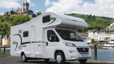 Forster Wohnmobil mit Einzelbetten und Doppelbett