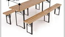 Una mesa y dos bancos para una fiesta