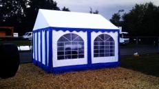 Pavillon 3 x 3 x 2,5 m / Stoff / Blau / inkl. Auf- und Abbau auf Rasen / mit Multifunktionsboden